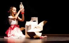 """Espetáculo de Dança """"O QUEBRA-NOZES"""" no Centro Cultural"""