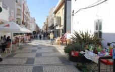 Feirinha de Setembro traz à Rua Luís Falcão de Sommer cerca de 30 pequenos vendedores