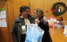 Câmara Municipal oferece 85 Cabazes de Natal a famílias do concelho