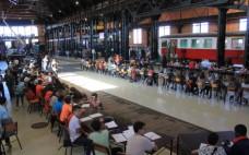 Alunos dos 4º e 7º anos visitam Museu Nacional Ferroviário e conhecem Steampunk-Festival do Vapor