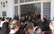 Alunos cantam as Janeiras na Câmara Municipal