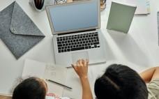 Município disponibiliza equipamentos informáticos ao AECE para início de Ensino à Distância