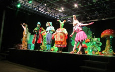 "Centro Cultural recebeu Teatro Infantil ""A Ilha Encantada"""